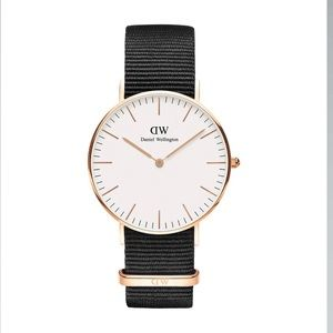 Daniel Wellington Classic Bristol 36 mm, new!